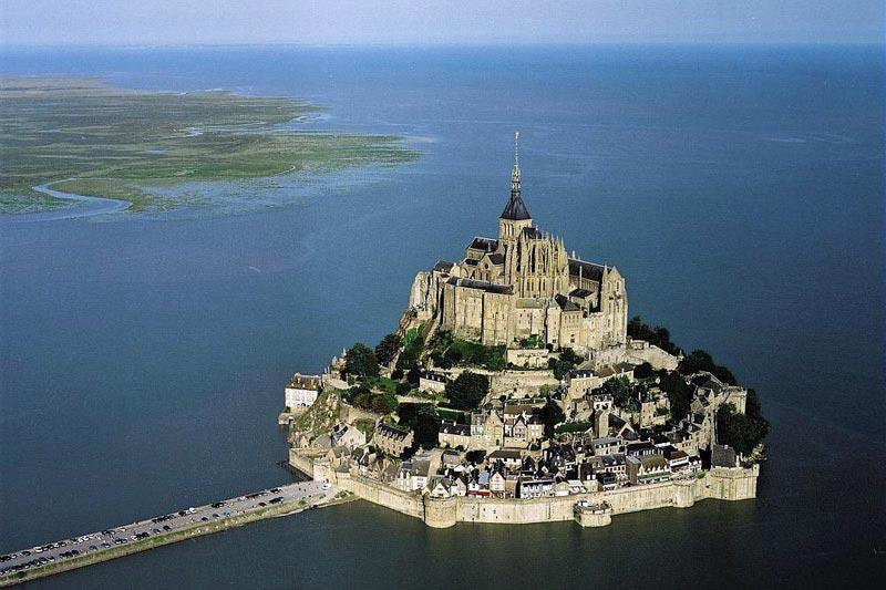 52 Best Pictures Of Mont Saint Michel In France