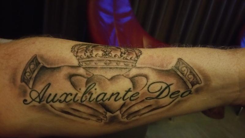 Nice Claddagh tattoo with text