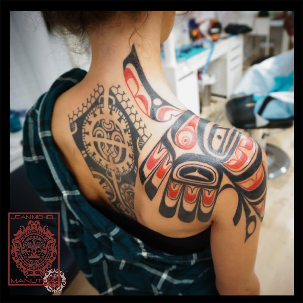 Beautiful Haida Eagle Tattoo On Girl Shoulder With Polynesian Tattoo