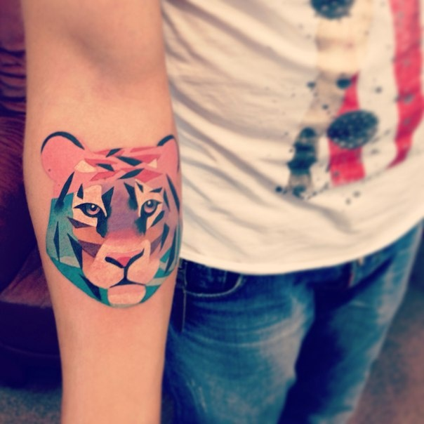 18+ Best Colorful Tiger Tattoos & Design With Meanings