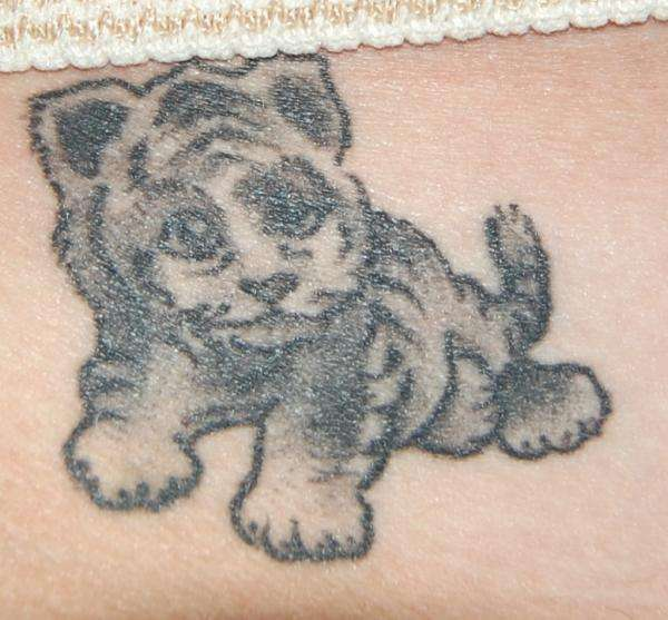 21 Catchy Black Ink Tattoos Designs By Hugo: 60 Best Baby Tiger (Cubs) Tattoos & Designs With Meanings