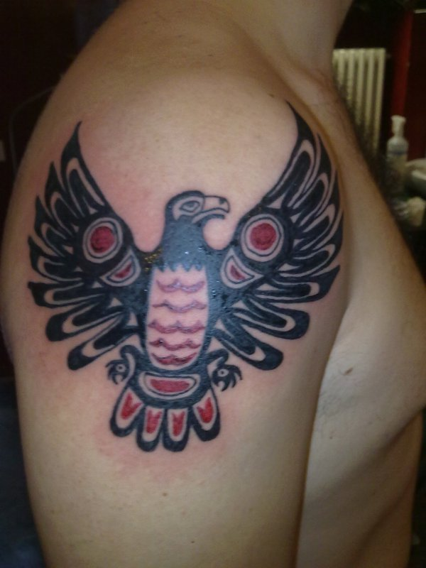 haida gwaii eagle tattoo on men shoulder. Black Bedroom Furniture Sets. Home Design Ideas