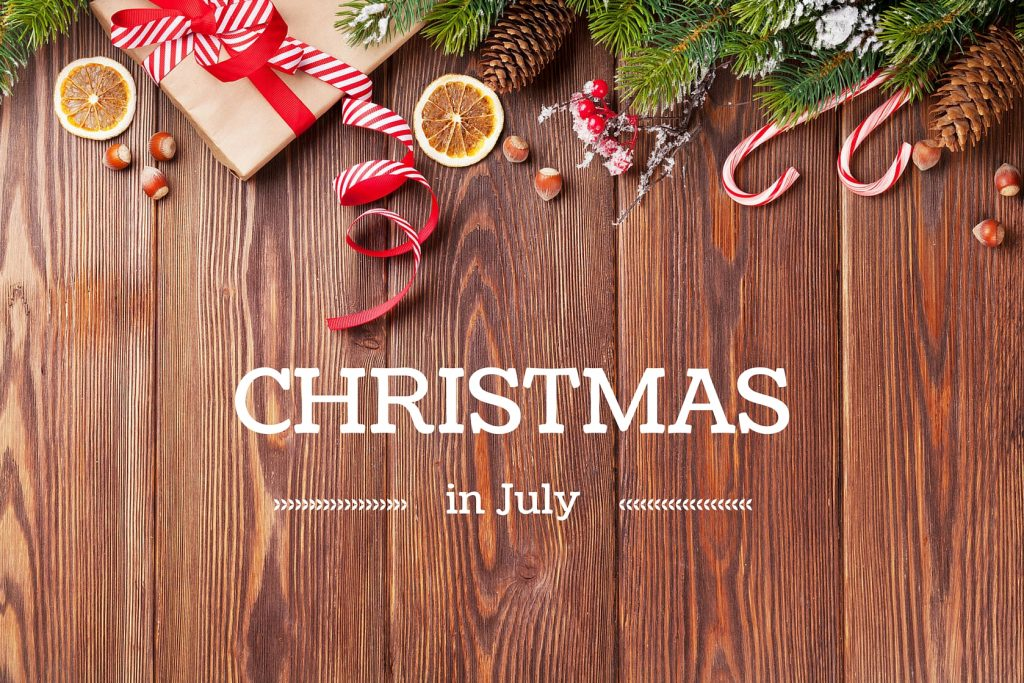 Christmas In July Background Images.Christmas In July Wooden Background Wallpaper
